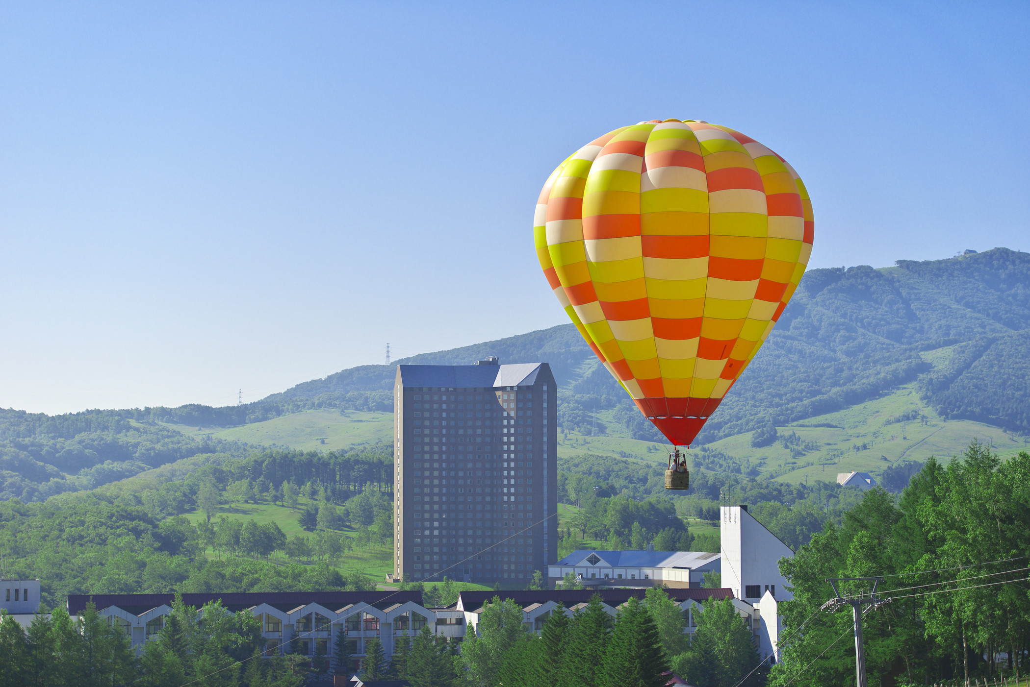 The westin rusutsu resort hot air balloon overview rusutsu if you cannot download more button images right click download voltagebd Gallery